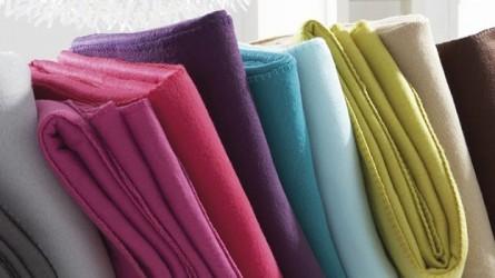 Couvertures polaires ▷ Achat couverture polaire / plaid pas cher | Dou