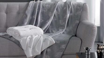 Plaids polaires ▷ Plaid douceur pour canapé, confort maximum| Doulito