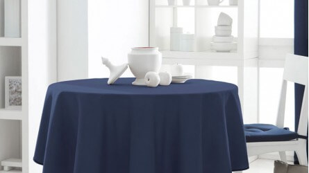 Nappes unies ▷ Nappe de table ronde, divers coloris à bas prix